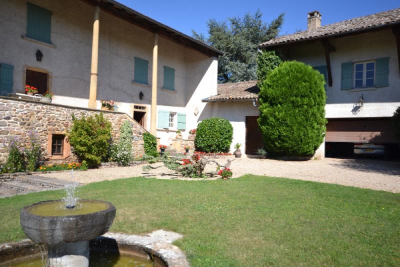 Vente beaujolais des crus domaine viticole for Acheter maison beaujolais