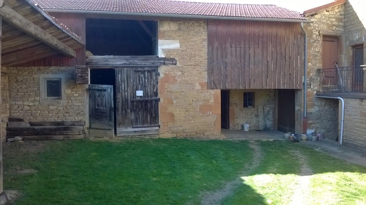 Vente lachassagne maison en pierre r nover for Maison en pierre a renover