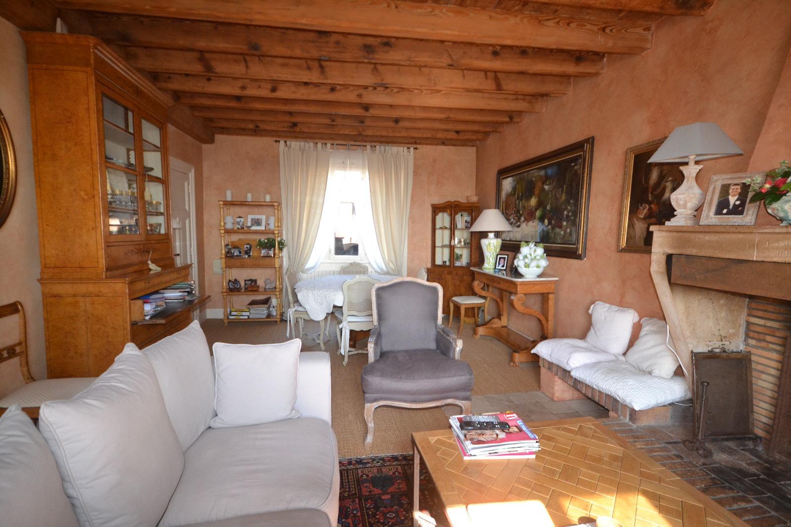 Vente beaujolais pierres dorees proche tout acces for Acheter maison beaujolais